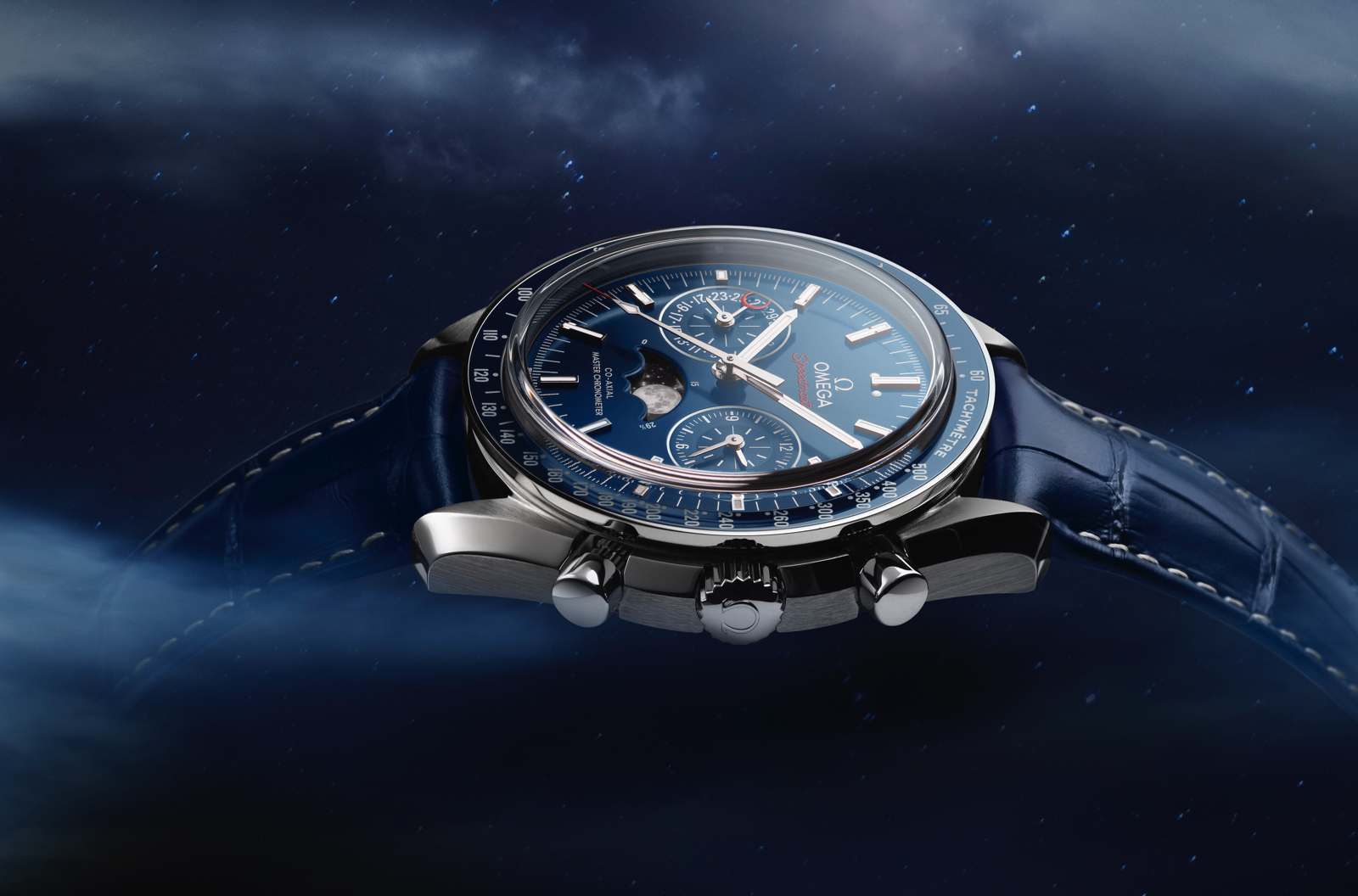 Omega-Speedmaster-Moonphase-Chronograph-Master