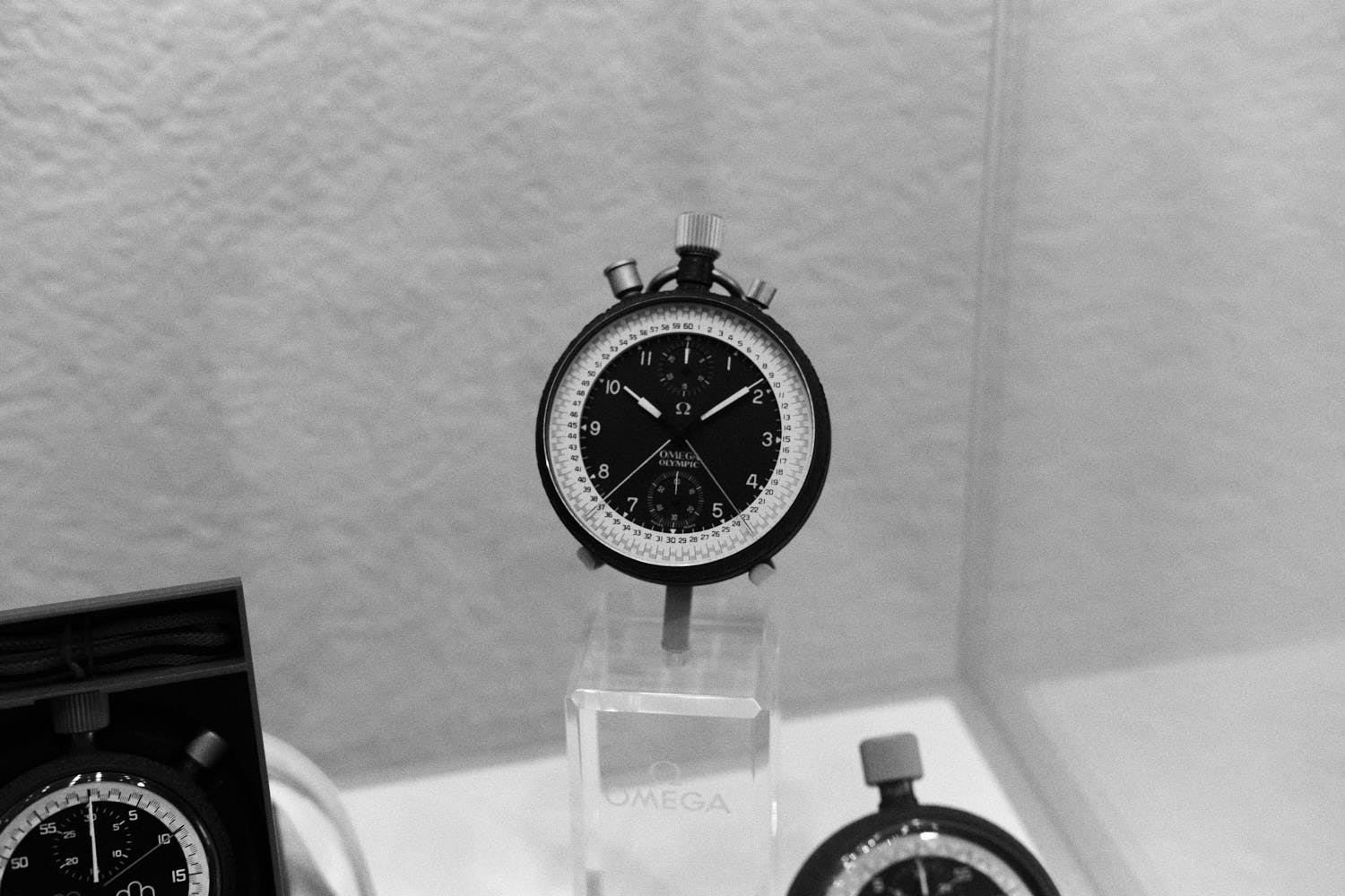Nuit-Spatiale-Omega-Museum-Visit-Monochrome-Watches