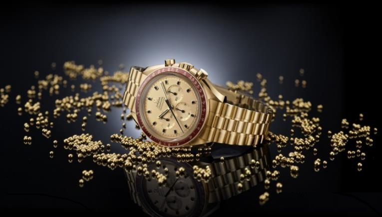 The luxury fake watches have champagne dials.