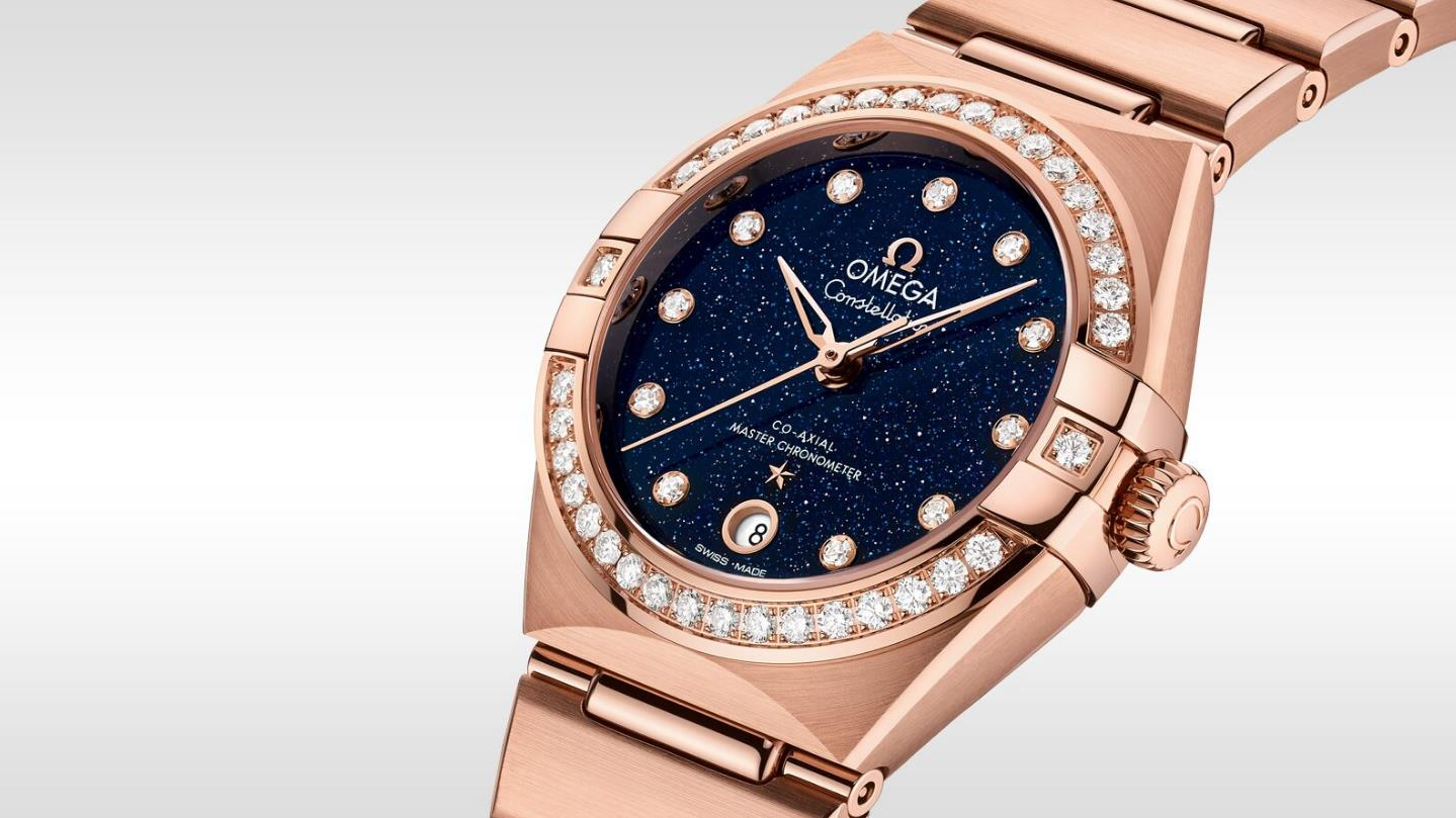 The blue dials copy watches have diamond hour marks.
