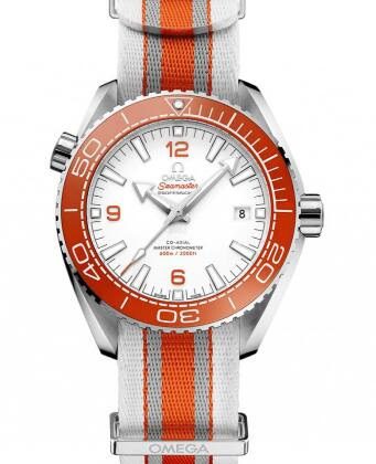 The orange elements make the watches more dynamic.
